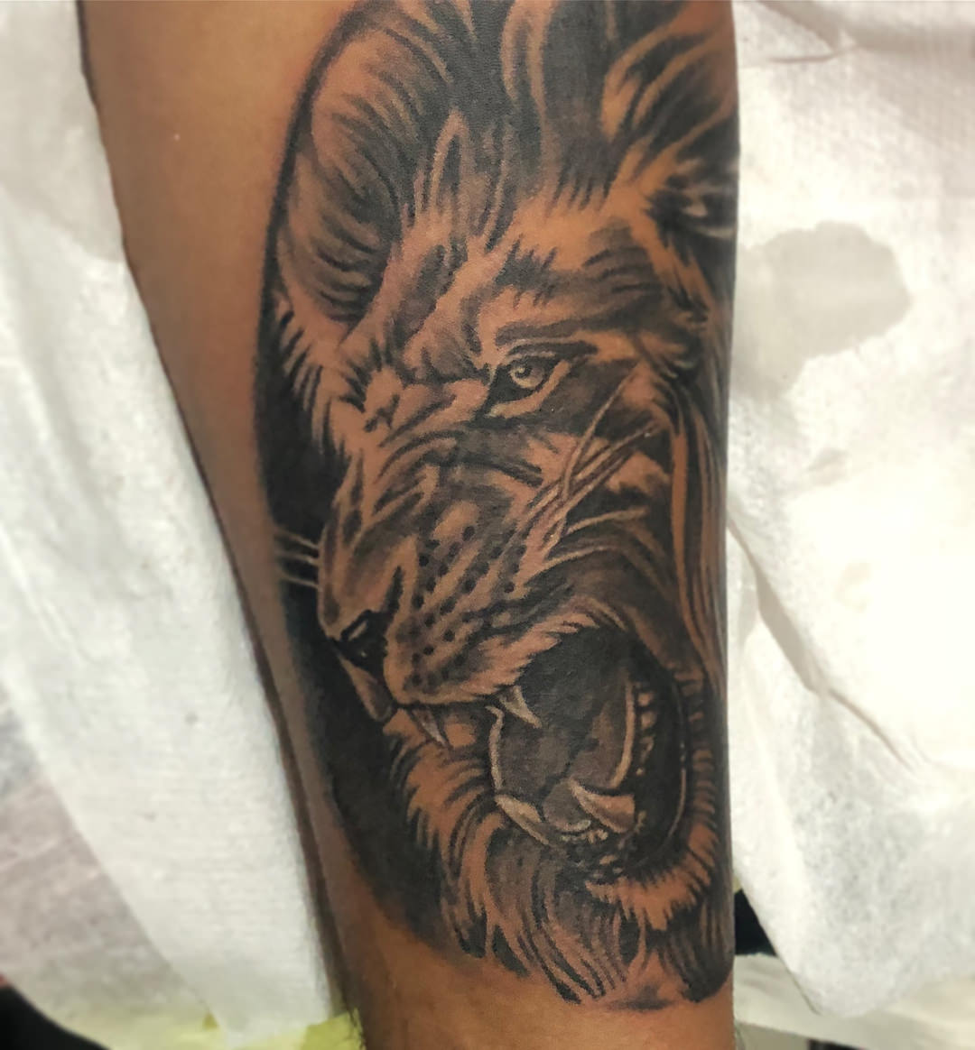 20e1bd850 While most dotwork lion tattoos are simple, you can make your design more  complex and larger.