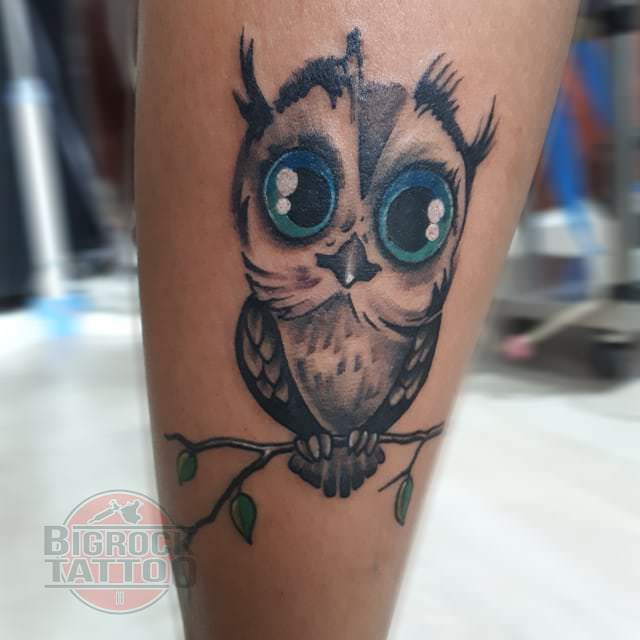 3d8fc83d46e1e Does this baby owl tattoo look interested? You may also pick this idea.