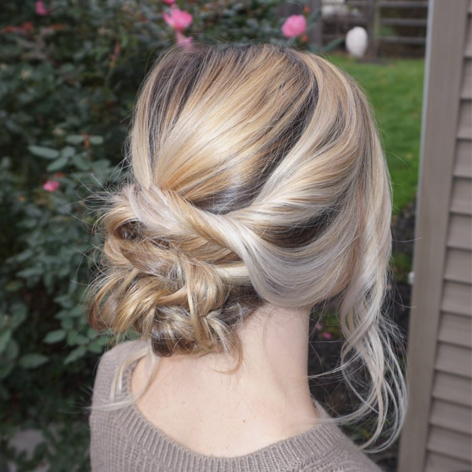 144 Splendid Prom Hairstyle Ideas for Girls!