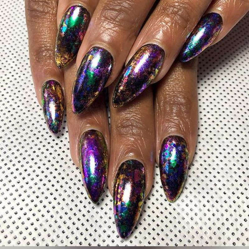 60 Dapper Holographic Nail Ideas That'll Entice You To Get One